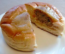 120125_ヤマザキパン「味噌だれ風味の豆腐ハンバーグパン」