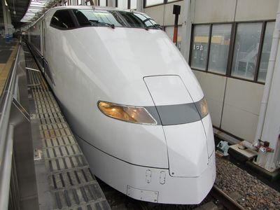 120307_300系・広島駅