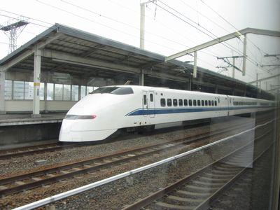 120307_300系・徳山駅