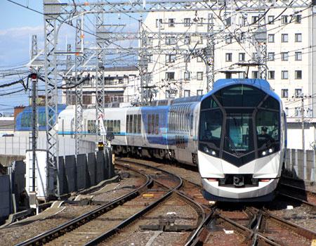 131212_近鉄50000系「しまかぜ」・宇治山田駅