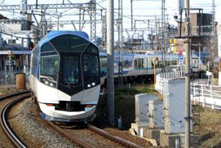 131212_近鉄50000系「しまかぜ」・伊勢市駅