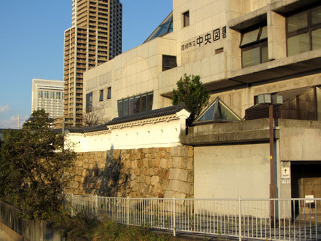 181024_尼崎市立中央図書館